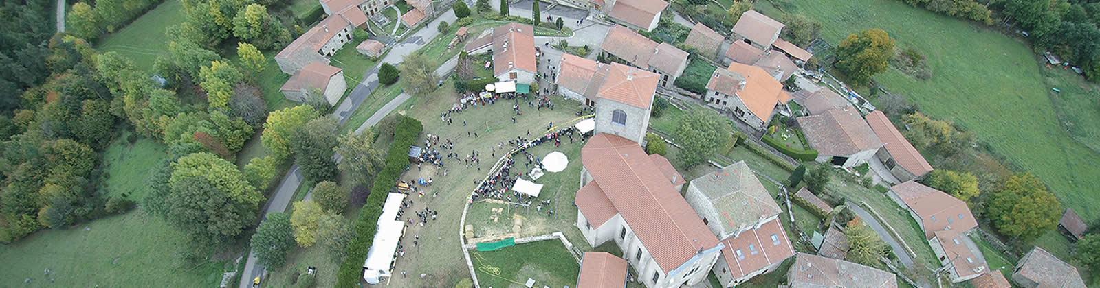 Fête médiévale Leignec 2017 vue aérienne