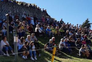Public de la fête médiévale Leignec 2019